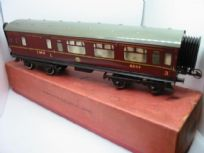 Hornby No.2 Brake/Composite Coach